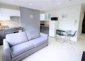 Thumbnail 2 bed flat to rent in Cromer Street, Russel Square, London