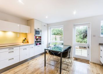 Thumbnail 3 bedroom property for sale in Thane Villas, Islington
