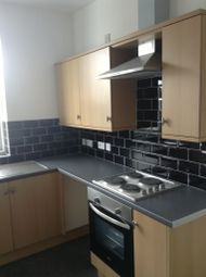 Thumbnail 3 bed flat to rent in Bentley Road, Doncaster