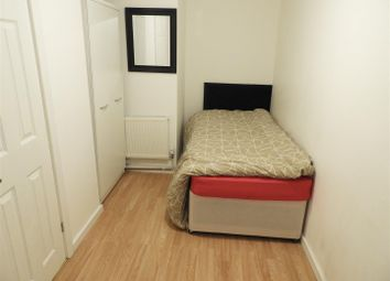 Thumbnail 3 bed property to rent in Godolphin Close, Freshbrook, Swindon
