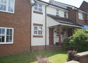 Thumbnail 1 bed flat to rent in Pond Approach, Holmer Green, High Wycombe