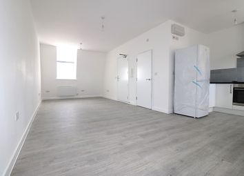 Thumbnail Studio to rent in Cranbrook Road, Ilford, Essex
