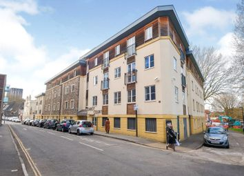 Thumbnail 2 bedroom flat for sale in Cabot Court, Bristol