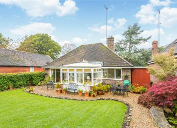 3 bed bungalow for sale in Fairfield Close, Ardingly, West Sussex RH17