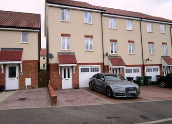 Thumbnail 4 bed property to rent in Academia Avenue, Broxbourne