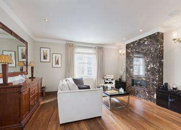 Thumbnail 3 bed flat to rent in Ovington Street, London