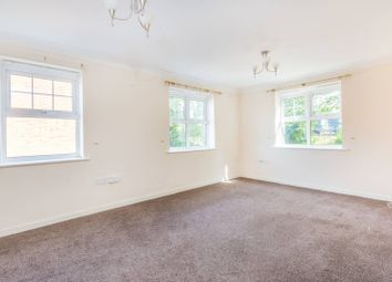Thumbnail 2 bed flat to rent in Kings Road, Woking