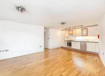 Thumbnail 2 bed flat to rent in Calvert Avenue, London