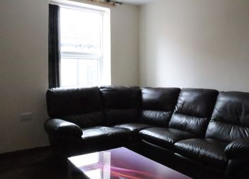 Thumbnail 4 bed flat to rent in Woodhouse Lane, Hyde Park, Leeds