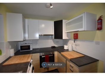 Thumbnail 2 bed flat to rent in West Point, Camberley