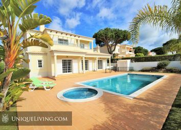 Thumbnail 4 bed villa for sale in Varandas Do Lago, Golden Triangle, Central Algarve