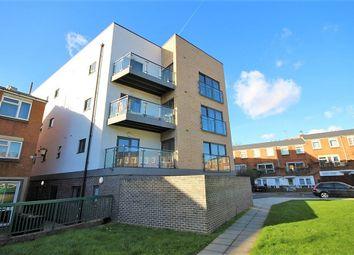 Thumbnail 3 bed flat to rent in Boleyn Road, Stoke Newington