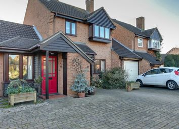4 bed link-detached house for sale in Dove Close, Bishop's Stortford CM23