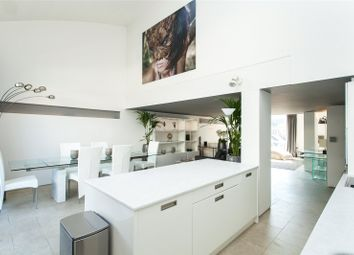 Thumbnail 2 bed flat for sale in Peartree Street, Clerkenwell