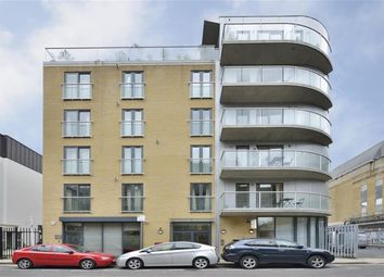Thumbnail 3 bed flat to rent in Calvin Street, Spitalfileds