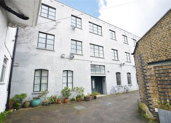 Thumbnail 2 bed flat for sale in Sternhall Lane, Peckham Rye, London