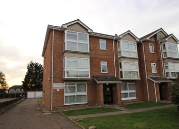 Thumbnail 2 bedroom flat to rent in High Road, Benfleet