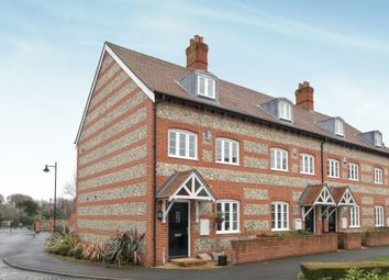 3 bed town house for sale in Buttercup Close, Salisbury SP2