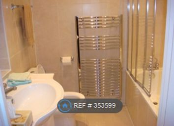 Thumbnail Room to rent in Queens Mansions, Hendon