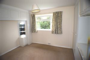 Thumbnail 2 bed maisonette to rent in Thelussan Court, Woodfield Road, Radlett