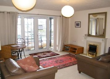 Thumbnail 2 bedroom flat to rent in Medina View, East Cowes