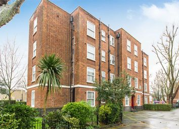 Thumbnail 3 bed flat to rent in Torriano Avenue, Kentish Town, London