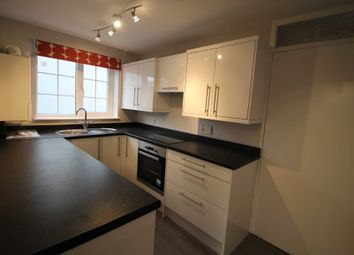 Thumbnail 1 bed flat to rent in Russell Place, Hemel Hempstead