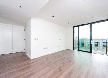 Thumbnail 1 bedroom property to rent in Leman Street, London