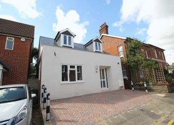 Thumbnail 2 bed detached house to rent in Albert Road, Tonbridge