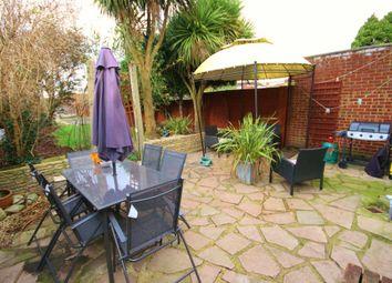 2 bed maisonette to rent in Littleton Road, Ashford, Middlesex TW15