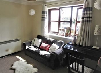 Thumbnail 1 bedroom flat to rent in Galloway Chase, Slough