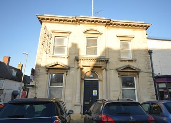2 bed flat to rent in High Street, Thrapston, Kettering NN14