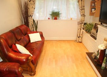Thumbnail 2 bed flat to rent in Meadowview Road, London
