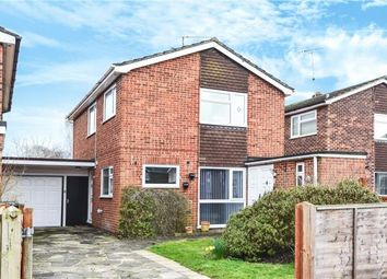 Thumbnail 3 bed link-detached house for sale in Heathwood Close, Yateley, Hampshire