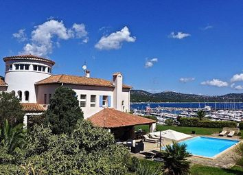 Thumbnail 8 bed villa for sale in Cavalaire-Sur-Mer, Cavalaire-Sur-Mer, Saint-Tropez, Draguignan, Var, Provence-Alpes-Côte D'azur, France