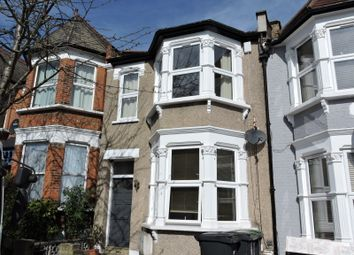 Thumbnail 3 bedroom flat to rent in Hewitt Road, Haringey Village