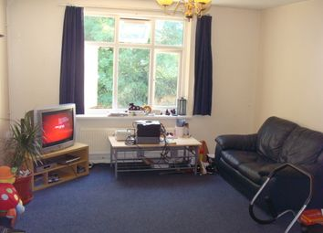 Thumbnail 1 bed flat to rent in Buckingham Avenue, Perivale
