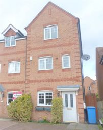 Thumbnail 3 bed town house to rent in Kilton Avenue, Mansfield
