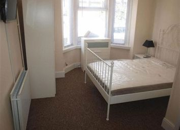 Thumbnail Room to rent in Station Road, Swindon