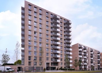 Thumbnail 1 bed flat for sale in Waterside Park, Docklands