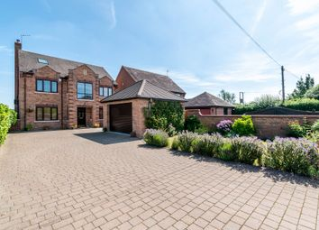 Thumbnail 5 bed detached house for sale in Holt Castle Drive, Holt Heath, Worcester