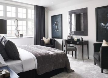 Thumbnail 3 bedroom flat for sale in Kidderpore Avenue, Hampstead, London