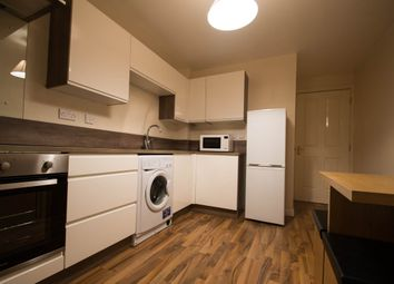 Thumbnail 2 bed flat to rent in Fraser Place, Aberdeen