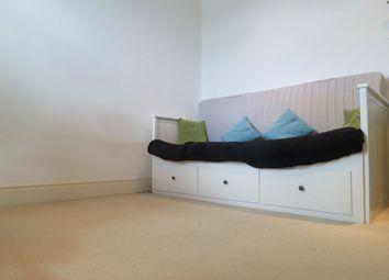 Thumbnail Studio to rent in Kingston Road, Teddington