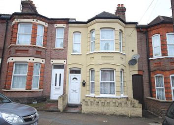 Thumbnail 3 bed property to rent in Lyndhurst Road, Luton