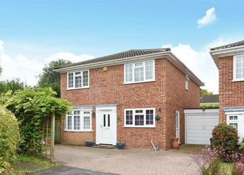 Thumbnail 4 Bed Detached House For Sale In Challenor Close Finchampstead Berkshire