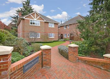 Thumbnail 2 bed flat for sale in Hillside Road, Radlett