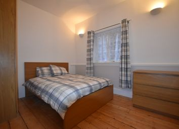 Room to rent in Avenue Road, London W3