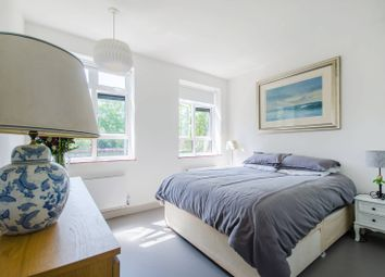 Thumbnail 2 bed flat for sale in Dulwich Common, Dulwich