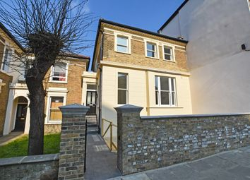 Thumbnail 1 bedroom flat for sale in Oxford Road, Brent